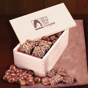English Toffee & Chocolate Almonds in Wooden Collector's Box