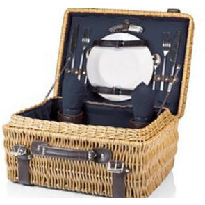 'Champion' Picnic Basket, (Navy Lining & Napkins with Dark Brown