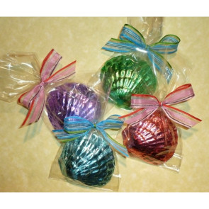 Foiled Chocolate Sea Shell in Cello bag with Bow
