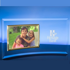8in.  X 10in.  Horizontal Picture Frame / Gold