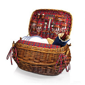 'Highlander' Picnic Basket, (Red Tartan)